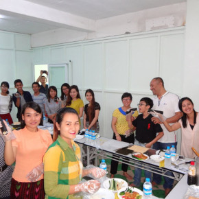 |アルバイト・パート|海外|激動のミャンマー、考えるを育てる日本語教育を共に作り上げましょう!